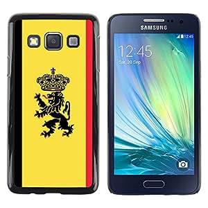 Caucho caso de Shell duro de la cubierta de accesorios de protección BY RAYDREAMMM - Samsung Galaxy A3 - Cresta de la bandera MAJESTIC