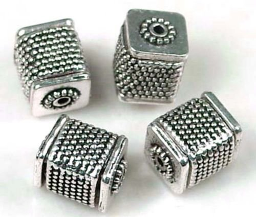 - 6 Antique Silver Pewter Large Cube Fine Repousse cuboid Beads 12x10mm