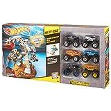 Hot Wheels Monster Jam HW-Off Road Maximum Destruction Battle Set with 6 Monster Trucks Included