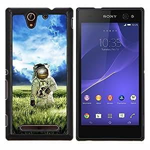 LECELL--Funda protectora / Cubierta / Piel For Sony Xperia C3 -- Astronauta Cosmonauta En campos de hierba --