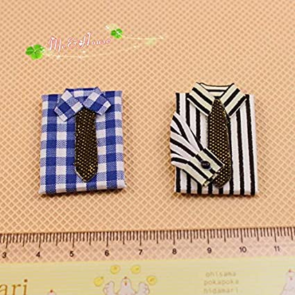 Dolls House 2 Folded Men/'s Shirts with Tie 1:12 Bedroom Shop Store Accessory