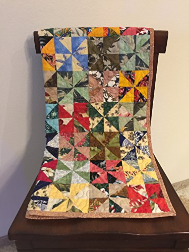 Pinwheel Quilt, Multi Colors by StitchesSayItBest
