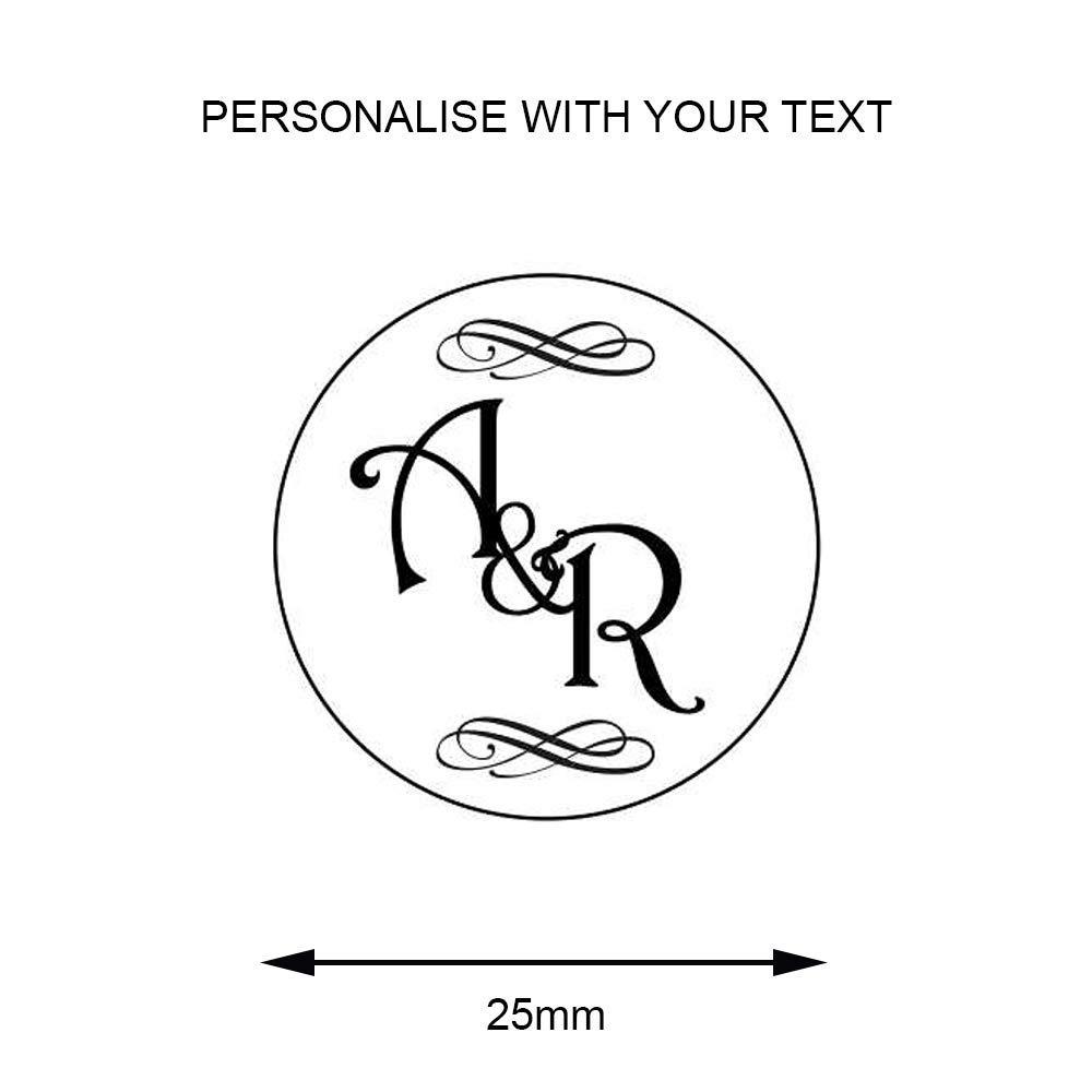 Personalisiertes Siegelstempel, 2 2 2 Initialen  &, Flourish   Design 16 (38mm) B07MYJB2PR | Verschiedene Stile und Stile  58af39