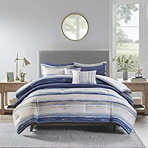51MfvVUHn8L._SS300_ Coastal Bedding Sets & Beach Bedding Sets
