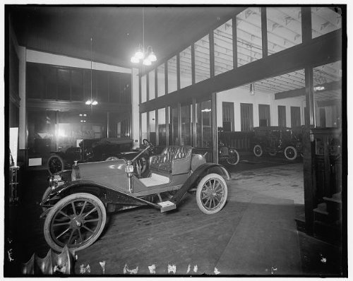 (Infinite Photographs Photo: Automobile,Hudson Motor Car Company,interiors,Rooms,Detroit,Michigan,MI,1900)