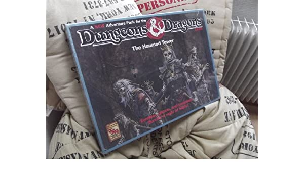 Haunted Tower Adventure Pack Boxed Set, Dungeons and Dragons Game: Amazon.es: Connors, William: Libros en idiomas extranjeros