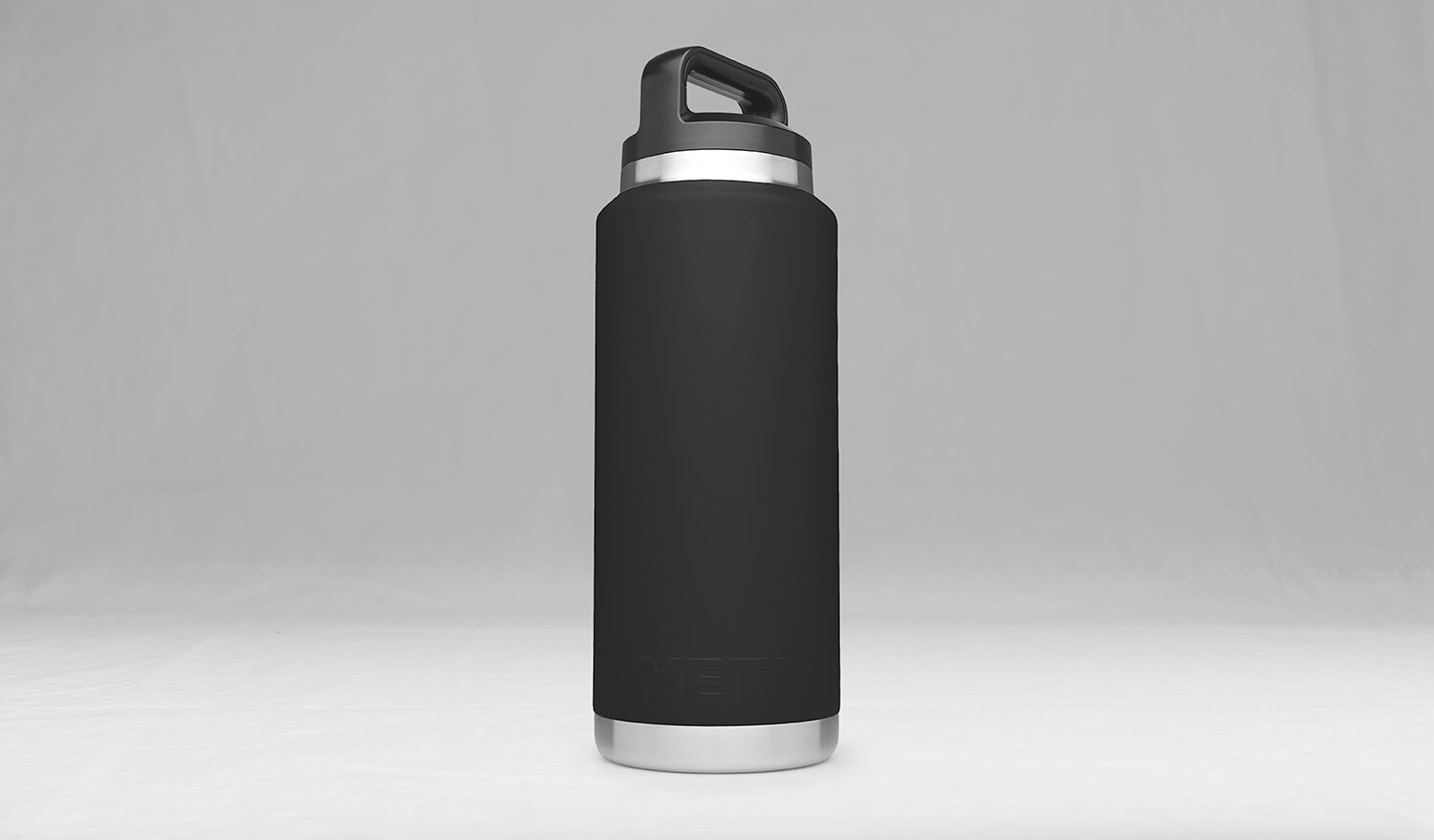 238ee205247 Amazon.com: YETI Rambler 36oz Vacuum Insulated Stainless Steel Bottle with  Cap (Stainless Steel) (Black): Sports & Outdoors