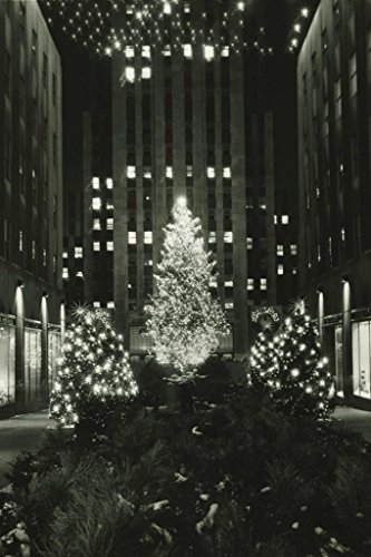 Poster Foundry Rockefeller Center at Christmas New York City Photo Print Stretched Canvas Wall Art 16x24 inch -