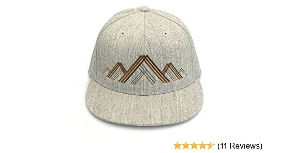 5b7eb7b1fc990 Amazon.com  Men s Hat - Mountain Range Illustration - Men s Flat Bill and Curved  Bill Fitted   Snapback Options Available  Handmade