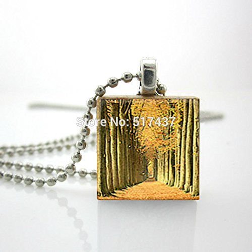 [Pretty Lee Wooden Scrabble Tiles Forest Through The Trees Pendant Ball Chain Necklace] (Diy Popcorn Costume)