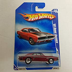 '69 Dodge Charger Color Hot Wheels 2009 Muscle Mania 1/64 scale diecast car no. 081