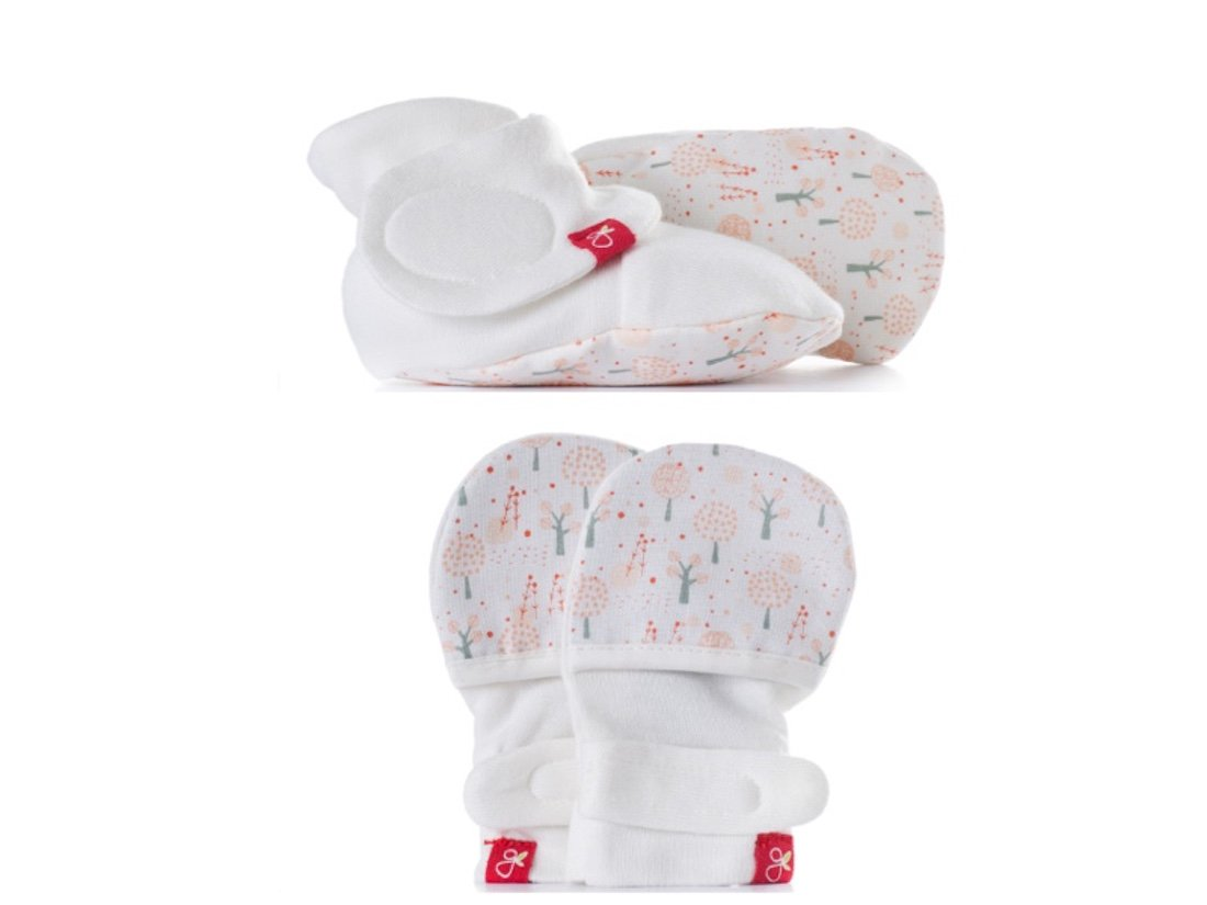 goumikids - Organic Mitts & Booties Bundle, Soft Stay On Scratch Proof Mittens and Adjustable Baby Booties (Forest Friends/Gray, 0-3 Months) 429