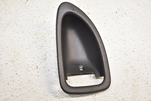 00-04 Volvo S40 Passenger Side Inner Door Handle Bezel Trim (Inner Door Handle Cap)