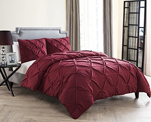 VCNY Home Queen Size Comforter Set in Burgundy Posh Pintuck 4 Pc Set w/Decorative Pillows