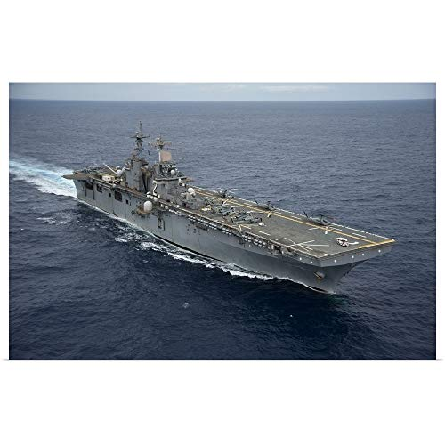 GREATBIGCANVAS Poster Print Entitled The Amphibious Assault Ship USS Essex transits The Pacific Ocean by Stocktrek Images 18
