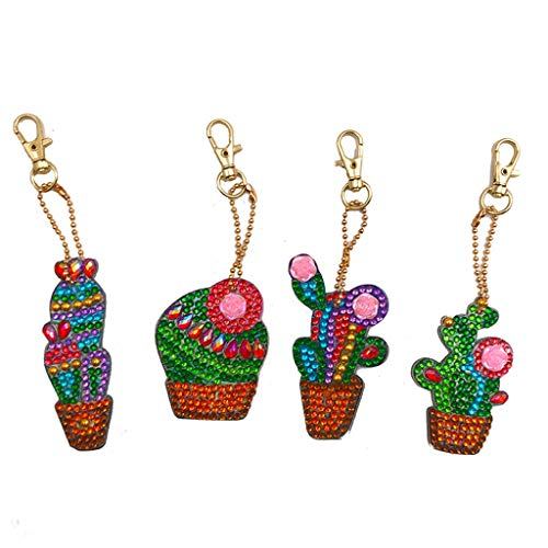 4Pcs DIY Toy Christmas Tree 5D Diamond Painting KeyRing Key Chain Pendant Gift Snowman Glove Christmas Tree Christmas ()