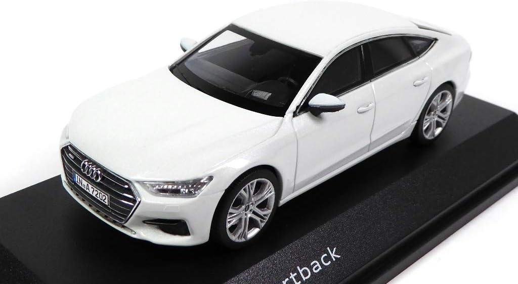 Lot de 2 Voitures 1//43 iScale Compatible avec Audi A7 Sportback 7031+7032 OPO 10