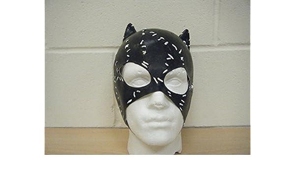 Amazon.com: WRESTLING MASKS UK Catwoman Batman Deluxe Latex ...