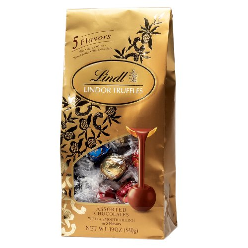 Lindt Chocolate Lindor Truffles Ultimate Assortment, 19-Ounce