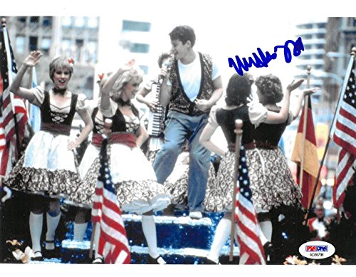 Matthew Broderick Signed Ferris Buehler Authentic Autographed 8x10 Photo PSA/DNA #AD36798 ()