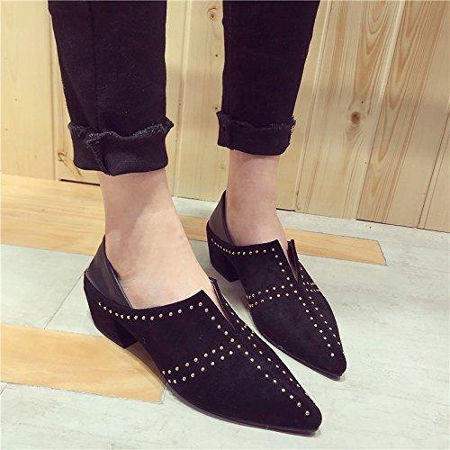 SFSYDDY Zapatillas de ante remachadas europeas y americanas con puntas profundas, de primavera, de moda, con tacones ásperos negro