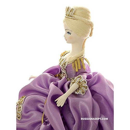 Doll Maker on ''Elizabeth in lilac'' by St.Peterburg