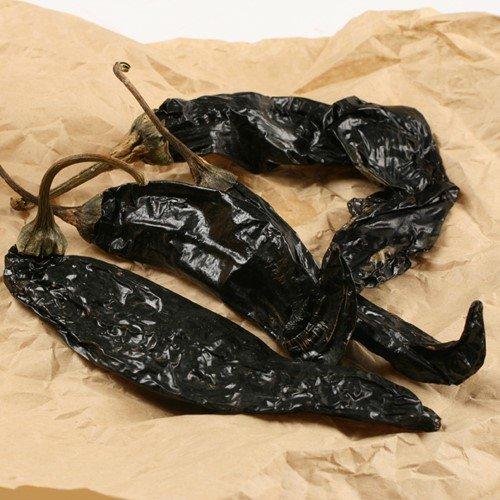Dried Pasilla Negro Chiles (4 ounce)