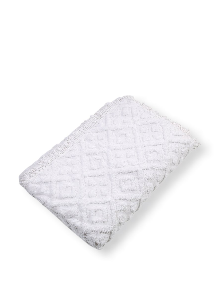 Stylemaster Diamond Tufted Chenille Bedspread, Full, White by Style Master