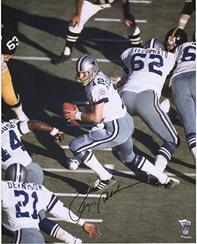 - Roger Staubach Dallas Cowboys Autographed 16'' x 20'' White Vertical Pass Photograph - Fanatics Authentic Certified