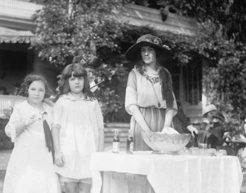 1921 photo Louise Delano Vintage Black & White Photograph e7