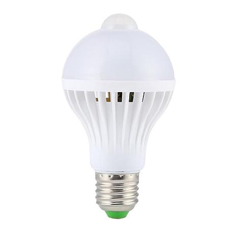 Luz LED PIR Sensor de Movimiento Bombilla Lámpara de Infrarrojos Automático Ahorro Energía 9W Blanco