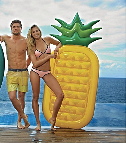 SunnyLife Women's Inflatable Pineapple Raft, Yellow/Green, One Size - http://coolthings.us