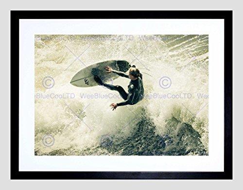 SPORT SURFING SURF SURFER SPRAY WAVE OCEAN SEA BLACK FRAME FRAMED ART PRINT PICTURE + MOUNT B12X13363