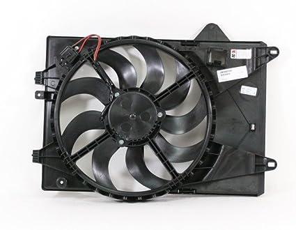 Dual radiador y condensador Ventilador de refrigeración acoplamiento directo para/fit gm3115244 12 – 15 Chevrolet Sonic sedán Hatchback 1.8L: Amazon.es: Coche y moto