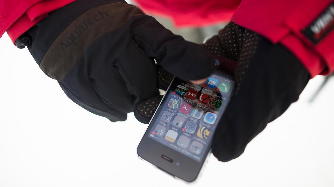 Aquatech Sensory Gloves for Easy Access to Camera or Phone in Winter Weather, Size: Large 8'' - Black/Moss