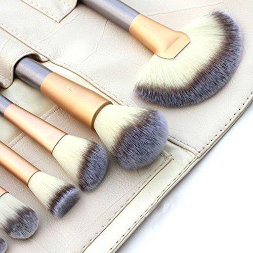 Deeplee 18 Pcs Professional Makeup Brushes Set, Synthetic Kabuki Face Blush Lip Eyeshadow Eyeliner Foundation Powder Liquid Cream Soft Cosmetic Brushes Kit with Pouch Bag
