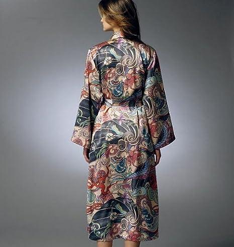 Vogue Patterns V8888 - Patrones de costura para batas, camisones y pijamas de camiseta y pantalón corto de mujer (tallas 42 a 48): Amazon.es: Hogar