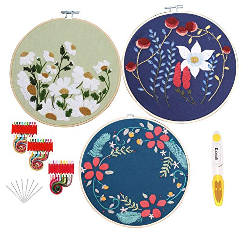 kakeah 3 Sets Embroidery Starter Kit with Pattern and Instructions, Cross Stitch Kit Include 3 Embroidery Clothes with Floral Pattern, 3 Plastic Embroidery Hoops, Tools, Color Threads and Scissors