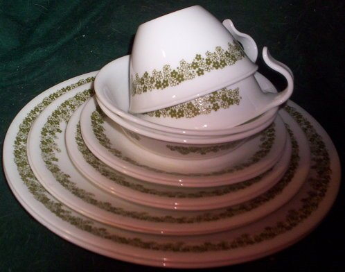 Spring Blossom Green (Crazy Daisy) 12 Piece Set; 2 Each - Dinner, Lunch, Bread Plates, Cups, Saucers, Dessert Bowls