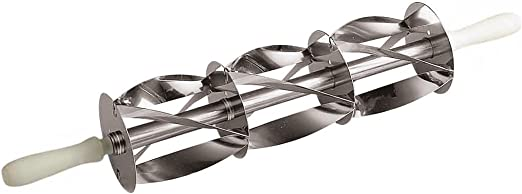 Amazon Com Paderno World Cuisine Stainless Steel Triple Croissant Cutter Gray Kitchen Dining