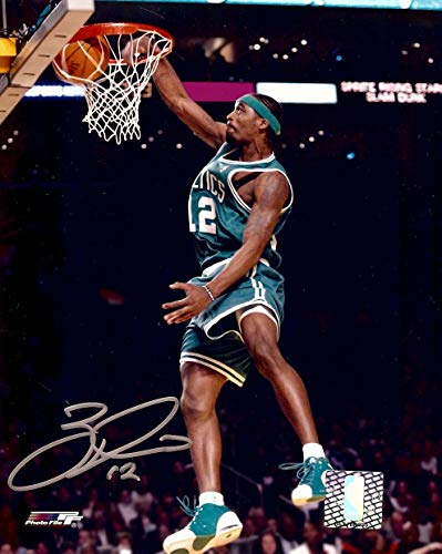 Ricky Davis Signed Autographed 8X10 Photo Celtics Road Dunk w/COA