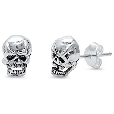 e83e874bd Image Unavailable. Image not available for. Color: Sterling Silver Plain Skull  Stud Earring
