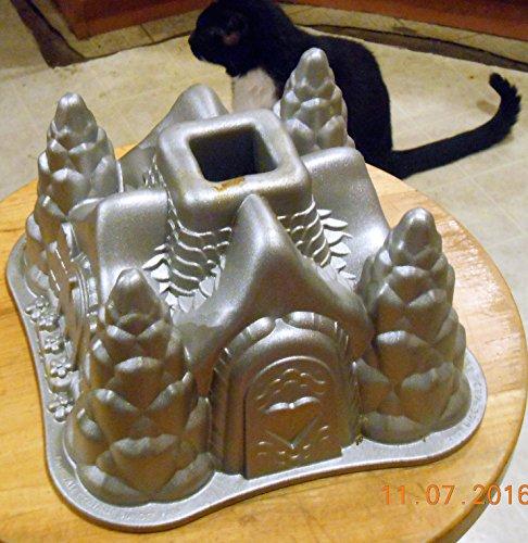 Winter Xmas Castle Bundt Cake Pan