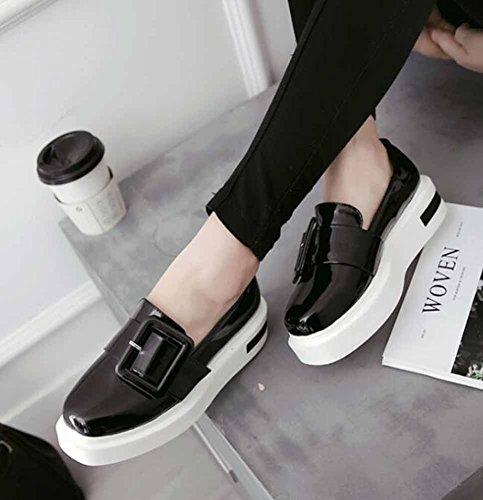 Showhow Mujeres Cómoda Hebilla De Punta Redonda Low Top Slip On Mid Wedge Heel Platform Sneakers Zapatos Black
