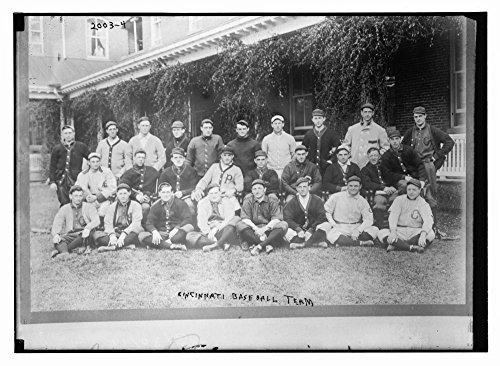 1910 Photograph - 1910 Photo Cincinnati Baseball team