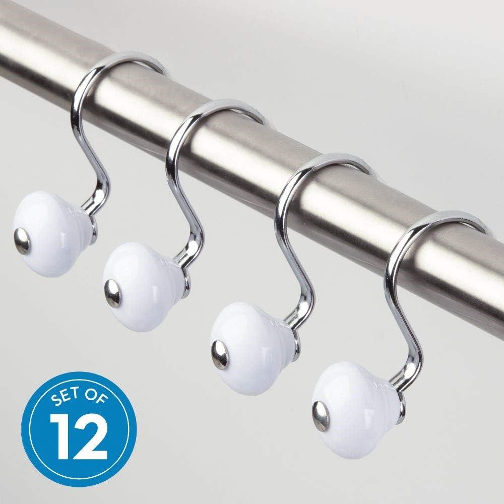 iDesign Ganchos para colgar cortinas, modernas argollas para cortinas de ducha de metal y plástico, juego de 12 ganchos para cortina de baño, blanco y plateado