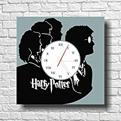 HARRY POTTER 11.4 WONDERFUL HANDMADE WALL CLOCK - UNIQUE DESIGN - BE SPECIAL - THE BEST PRESENT made of plastic