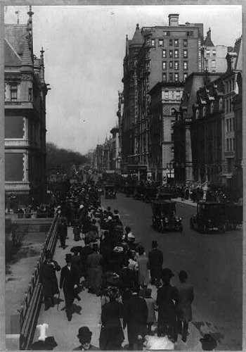 Photo: Fifth Avenue,New York City,NY,Street - Avenue On 5th Ny Shops