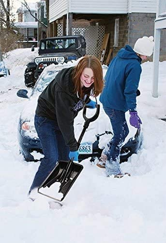 Heavy Duty yet Lightweight /& Compact Easy to Store in Car Boot Detachable Vedmantra/® Aluminum Telescopic Snow Shovel