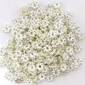 5mm Daisy Spacer Beads (Five Season 5mm Bright Silver Daisy Spacers Beads for Bracelets DIY Jewelry Making (About 190pcs ))